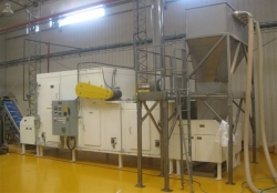 Model 2500 Snack Food Dryer with SS Hopper